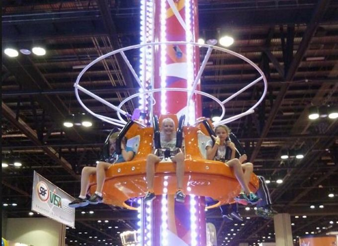 Scary Adults Drop Tower Amusement Ride With Special Lights And Sound System